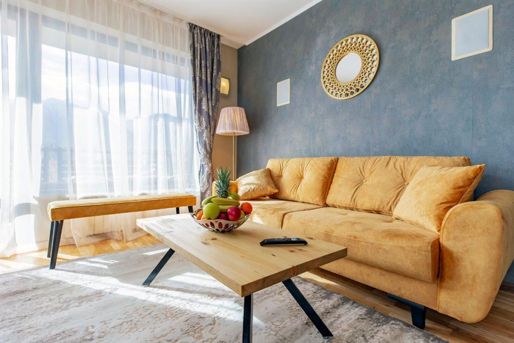 2-bedroom apt. livingroom 4