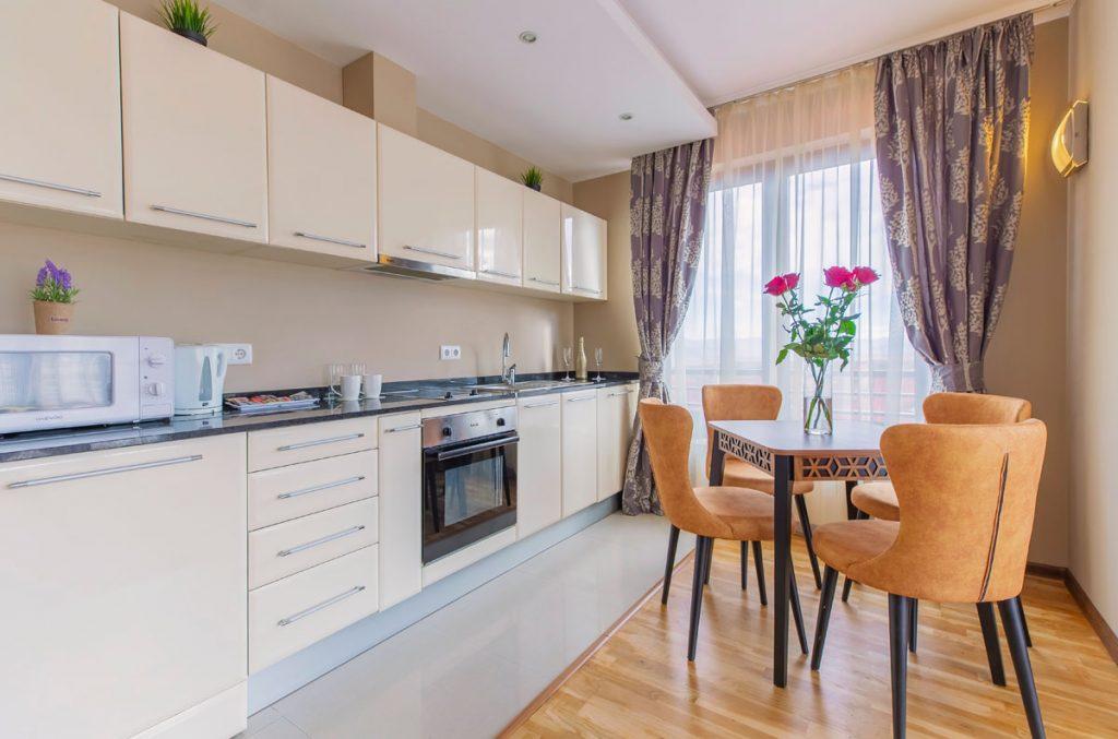 2-bedroom apt. livingroom 9