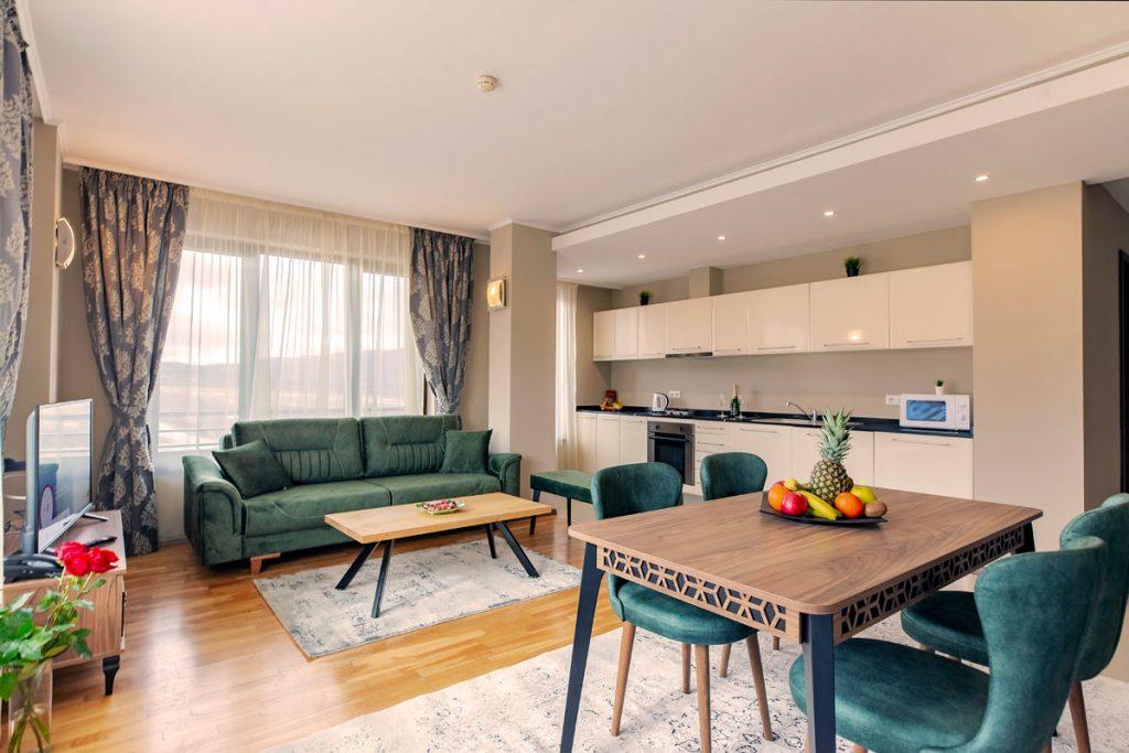 3-bedroom apt. livingroom 12