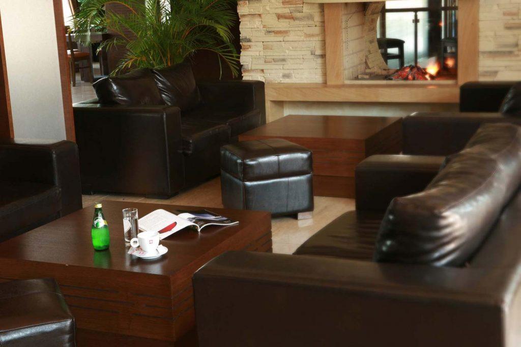 lobby-bar-02