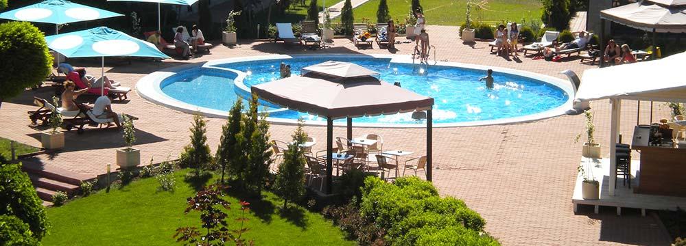 pool-bar-01-sm