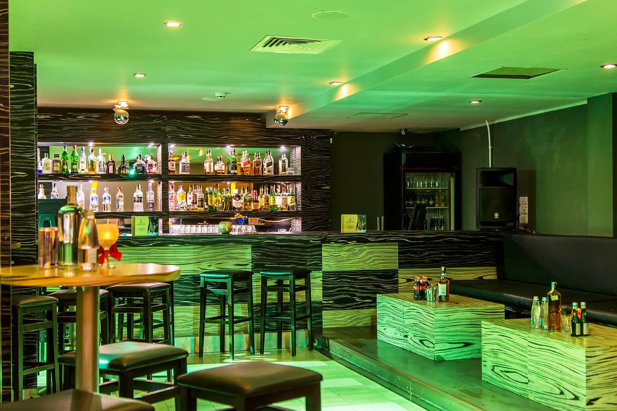 night bar 2